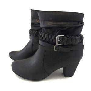 Relativity 9M Ankle Boots Black Side Zip Heels